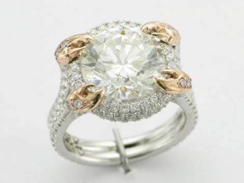 Russell Peters and Ruzanna Khetchian's Engagement Ring.