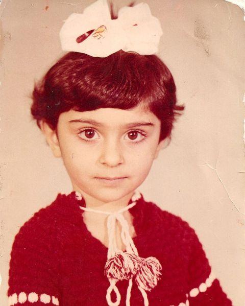 Ruzanna Khetchian during childhood.