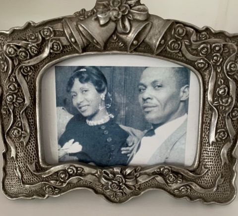 Dionne Lea and her father photo frame.